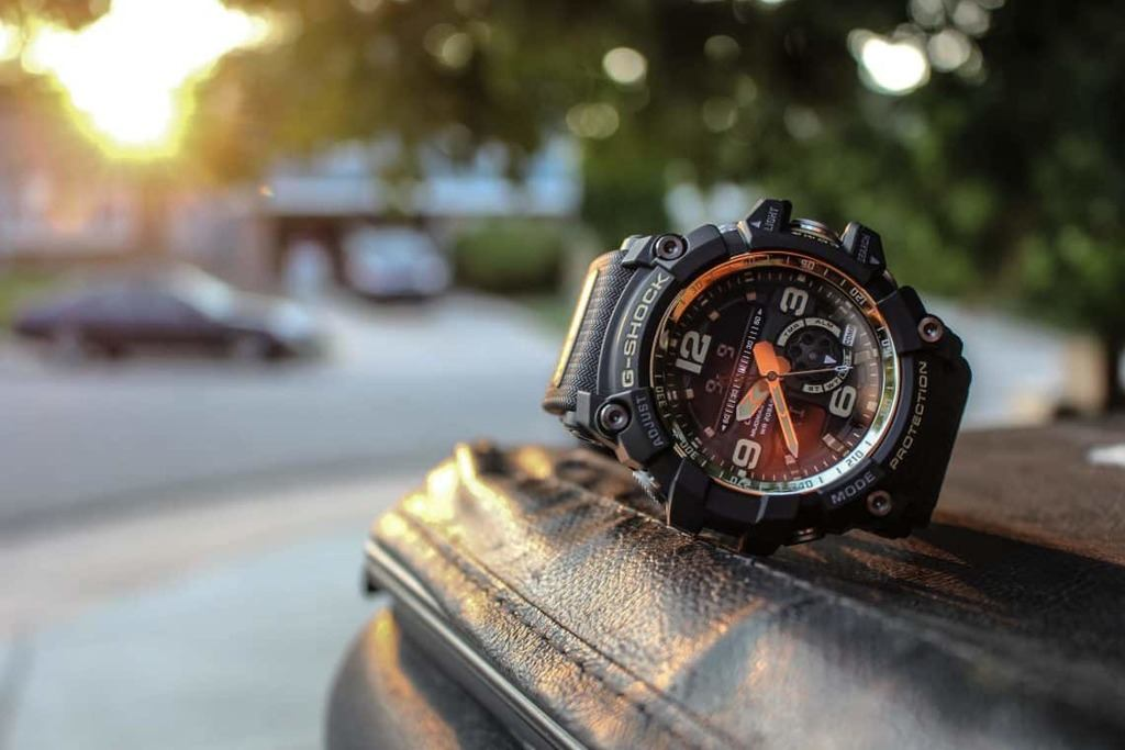 Find Your Way Out Of The Woods With The Best Survival Watches